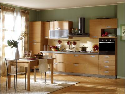 Ξύλινη κουζίνα